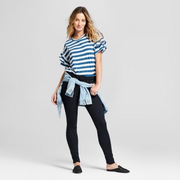 56da3cb5 Ruffle Sleeve Stripe T-Shirt - Universal Thread M.  M_5b15919ca5d7c66296e699b8